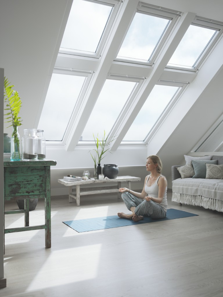 rolladen dachfenster velux fabulous rollladen with rolladen dachfenster velux affordable velux. Black Bedroom Furniture Sets. Home Design Ideas