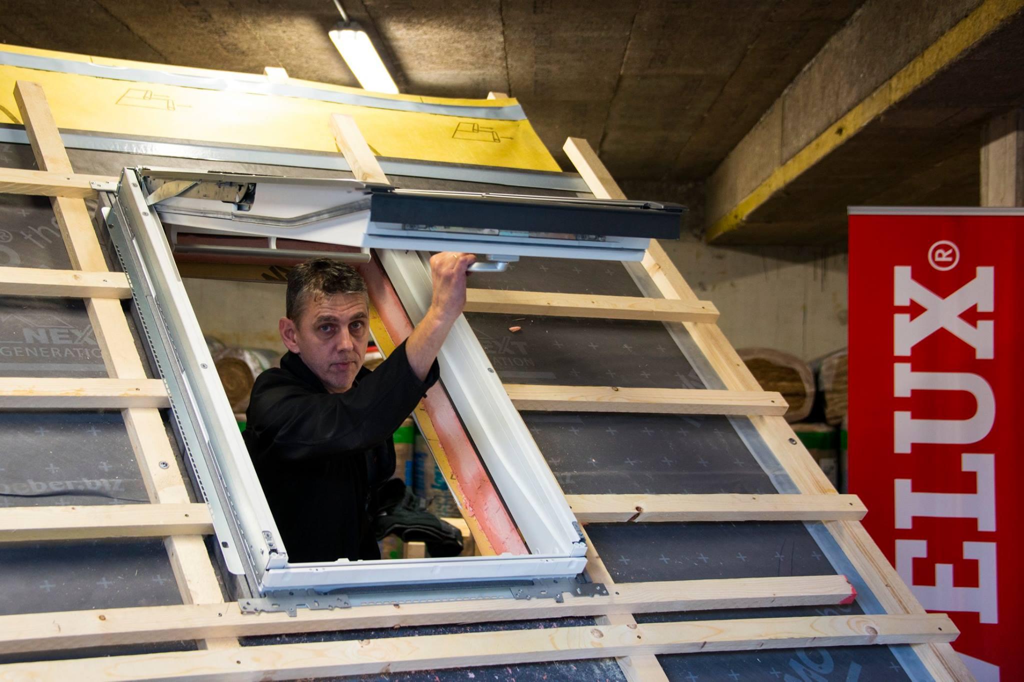 dachfenstereinbau bei aufsparrend mmung in gevelsberg scherwat. Black Bedroom Furniture Sets. Home Design Ideas