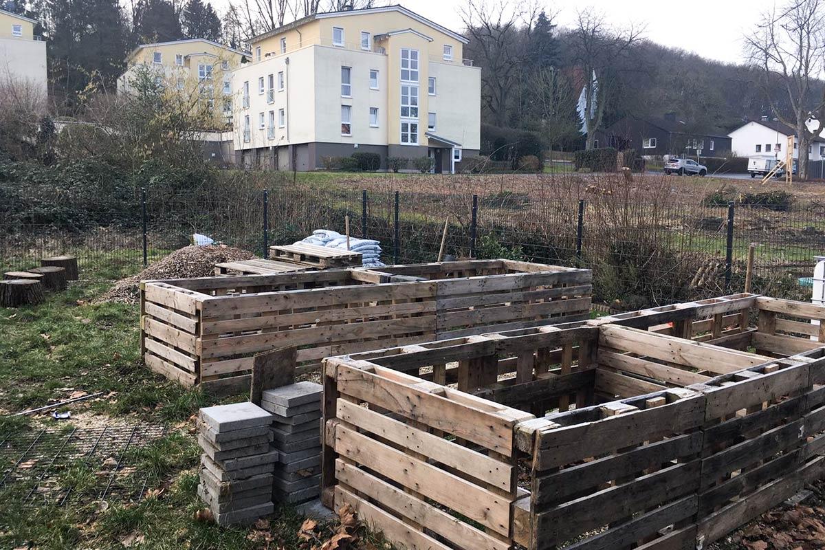 Färbergarten des Märkischen Gymnasiums in Schwelm - Hochbeet aus Europaletten selbst bauen